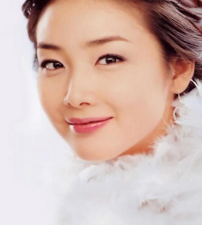 تصویر: http://bia2serial53.persiangig.com/image/%D8%A8%D9%8A%D9%88%DA%AF%D8%B1%D8%A7%D9%81%D9%8A1/Choi-Ji-Woo21.jpg